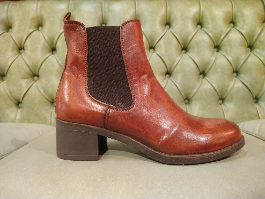 brown leather ankle boots with mid heel