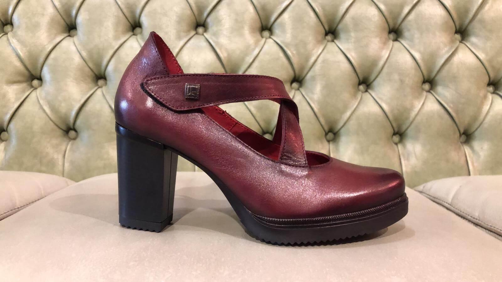 Red Pumps High Heel