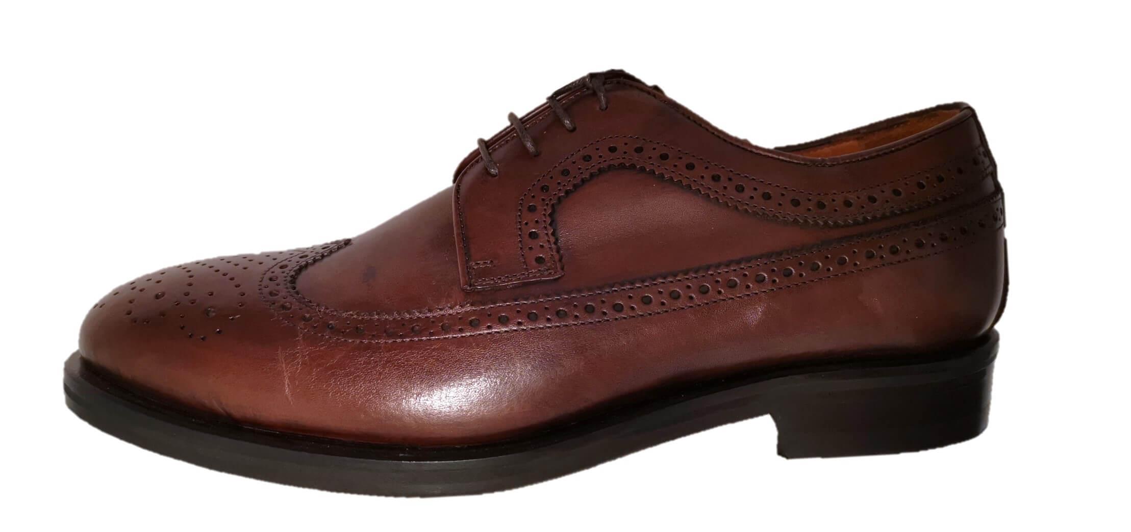 Scarpe lavorate marroni