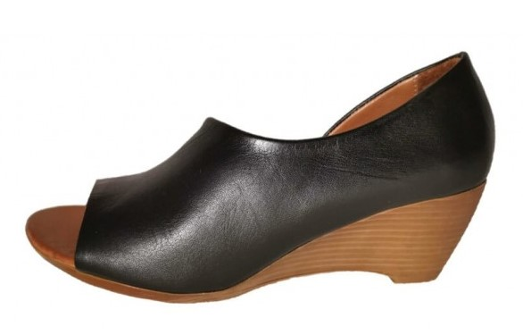 black bueno shoes